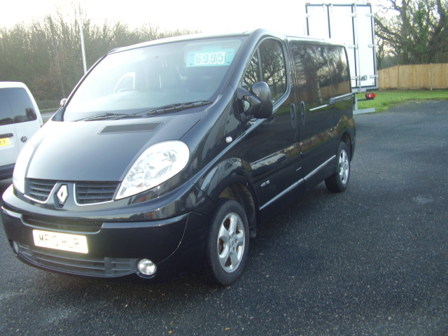2010 Renault Trafic Sport:DCi 115 1995cc, air conditioning, alloy wheels, ply-lining £6,995.00 007dKkU8gLvVkWWJUhvsXB.jpg