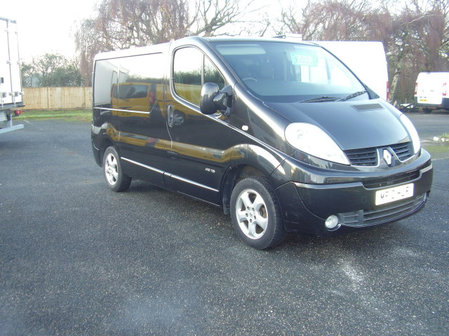 2010 Renault Trafic Sport:DCi 115 1995cc, air conditioning, alloy wheels, ply-lining £6,995.00 01vVRKNxt8iu9R5y8fqoGr.jpg