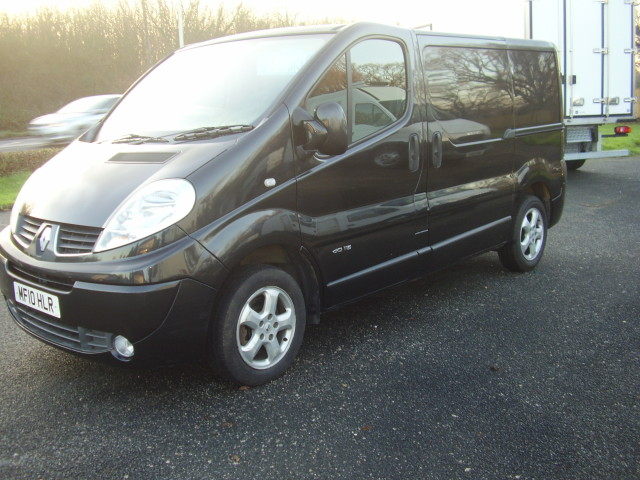 2010 Renault Trafic Sport:DCi 115 1995cc, air conditioning, alloy wheels, ply-lining £6,995.00 02SvBXqUkkxewd7s3jb53j.jpg